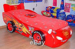 Lit voiture Cars Flash Mc Queen rouge collection Disney 100 % licence